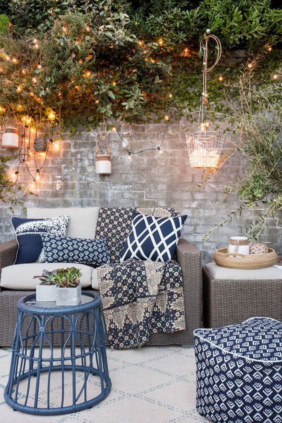 Blues in a variety of patterns make this lounge area a total winner